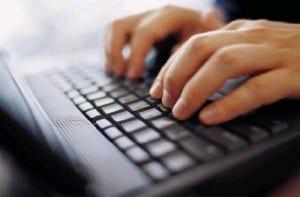 carregar bateria do notebook através da digitação