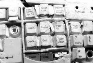 Como identificar e resolver problemas no teclado de notebook